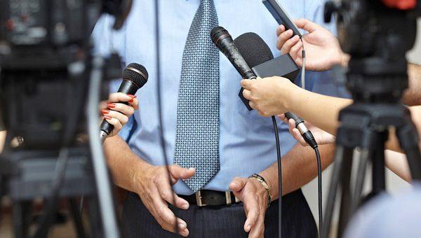 Relations aux médias
